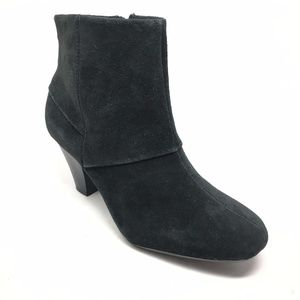 Women's Clarks Bendables Booties Shoes Size 7W